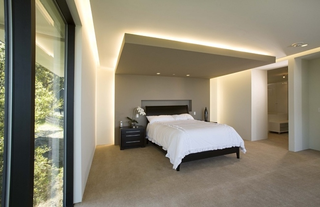 accent LED lighting in bedroom