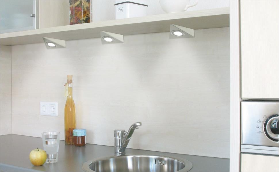 kuchenoberschranke modern : Triangle Surface Mount LED Puck Light ? Creative LED Designs